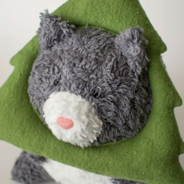 My Latest Organic Stuffed Animal Design – Grump Nugget the Christmas Cat