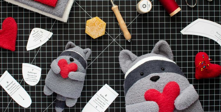 Free raccoons sewing pattern and organic stuffed raccoon kits by Fluffmonger